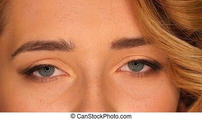 beau, yeux bruns, jeune, haut, blonds, femme, fin