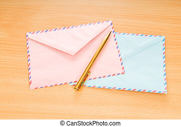 beaucoup, concept, courrier, enveloppes, table