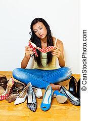 beaucoup, femme, chaussures, choisir