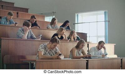 beaucoup, regard, gens, conférence, ennuyeux, étudiants,...