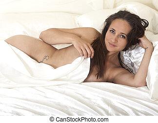 beauiful, desnudo, en cama