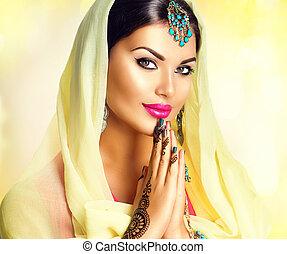 beauté, indien, girl, à, mehndi, tatouages, prise, paumes...