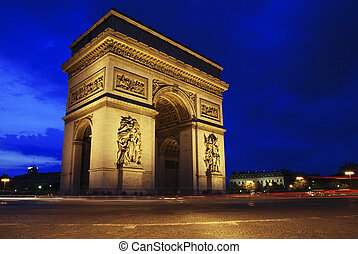 Triumph Arch at night - Beautifly lit Triumph Arch at night...
