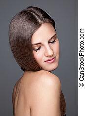 Beautifu brunette with long straight hair