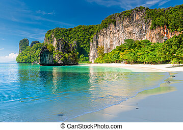 beautiful bay of the island of Hong in Thailand landscape on a sunny day