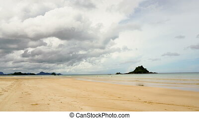 Beautiful beach on tropical island. Timelaps - Beach, sea,...