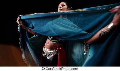 beautiful belly dancer shot with canon 5d mk2
