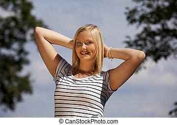 beautiful blond teenage girl