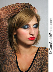 Beautiful Blonde Headshot (5)