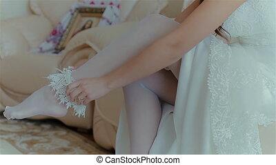 Beautiful bride wearing wedding accessory HD