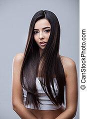 Beautiful Brunette Girl with Healthy Long Hair - Hair. ...