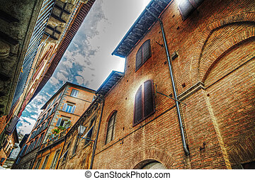 beautiful buildings in Siena