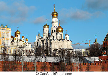 beautiful churches in the Moscow Kremlin
