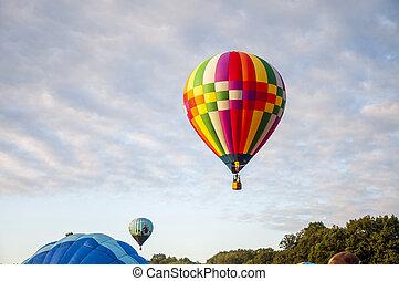 Beautiful Colorful Hot Air Baloon - Thirty Two