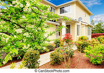 Beautiful curb appeal. - Siding house with column porch and...