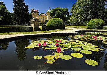 Buchlovice - Beautiful Czech baroque castle Buchlovice and a...