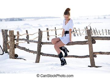 beautiful fashion mode in winter - Picture of beautiful...