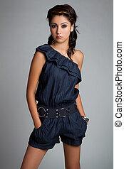 Beautiful Fashion Woman - Beautiful young fashion model...