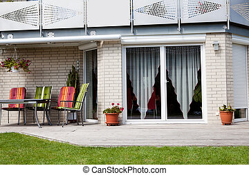 Beautiful front yard of a stylish home