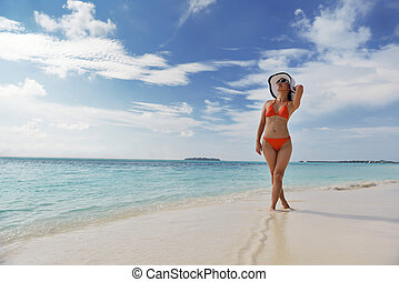 beautiful gril on beach have fun - beautifu and happy woman...