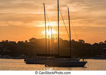 Beautiful Gunnamatta Bay sunset