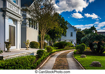 Beautiful house and garden in Charleston, Florida.