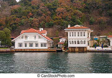 beautiful house on the banks of the Bosphorus in Istanbul