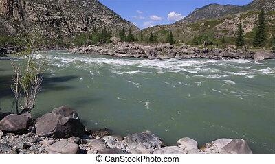 Beautiful Ilgumensky threshold on Katun River. - Beautiful...