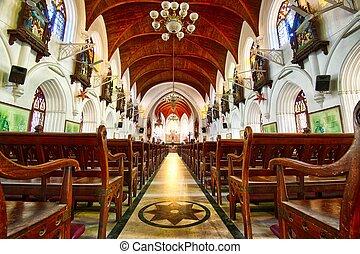 Santhome Bascillica - Beautiful Interior of Santhome...