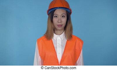 beautiful korean female builder say hello