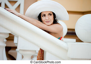 beautiful lady in the hat