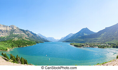 Beautiful Lake In Waterton Alberta - Fish Eye View Of Serene...