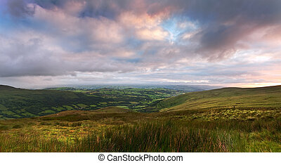 Beautiful landscape panorama across countryside to mountains...