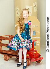 Beautiful little girl 5-6 years. - Beautiful little girl...