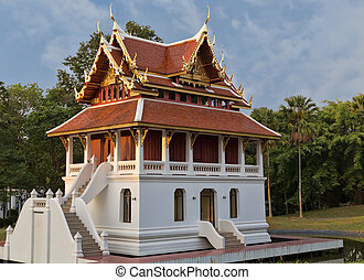 beautiful little Thai temple