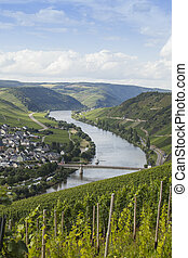 Beautiful Mosel river - Beautiful Mosel valley with...