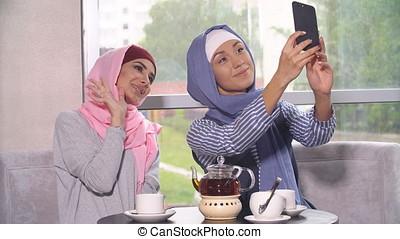 Beautiful Muslim Girls - Beautiful Young Muslim Girls do...