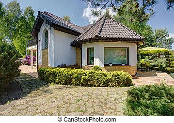 Beautiful new design white villa