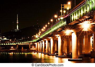 Beautiful night view of the Han River in Seoul, South Korea