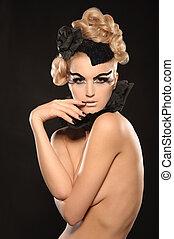 beautiful nude young woman
