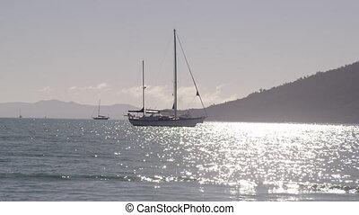 Beautiful ocean horizon and boats cruising