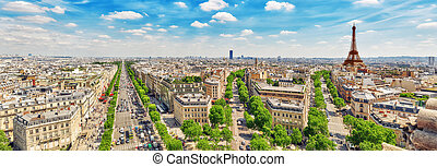 Beautiful panoramic view of Paris from the roof of the ...
