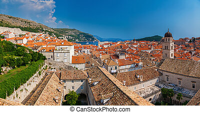 panoramic view of the Dubrovnik old town from the city walls