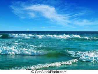 Beautiful sea and blue sky. Sri Lanka.