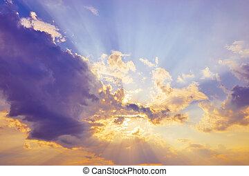 beautiful sky sun behind cloud light ray at evening dusk