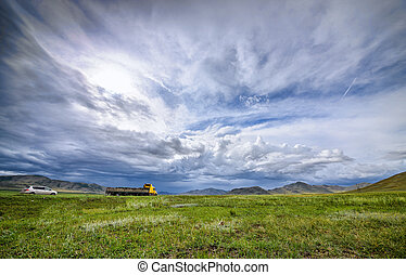 hazy sky landscape - beautiful summer mountain and hazy sky ...
