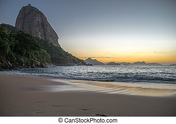 Beautiful Sunrise at the Red Beach, Praia Vermelha, with the Sugarloaf Mountain, Rio de Janeiro