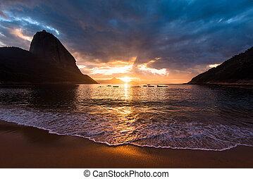 Beautiful Sunrise in the Beach - Beautiful Sunrise in the...