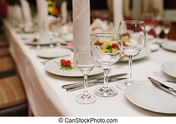 beautiful table setting for a wedding dinner in the restaurant