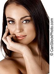 beautiful tanned woman - beautiful tanned Italian woman ...
